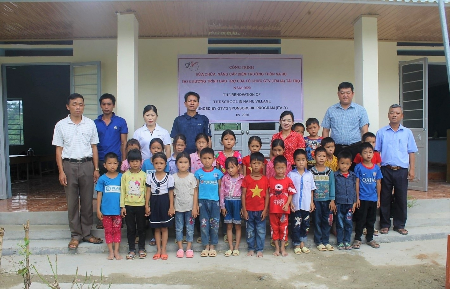 A school for the children of Na Hu